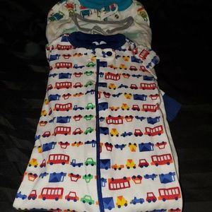 *** Bundle deal*** 3 Infant Sleepers with zippers